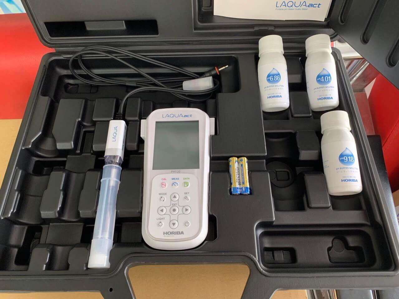 Máy đo pH cầm tay Horiba pH1200